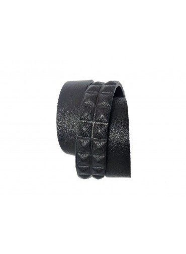 Leather bracelet triple tour - black lambskin leather with pyramide pattern - 2 rows
