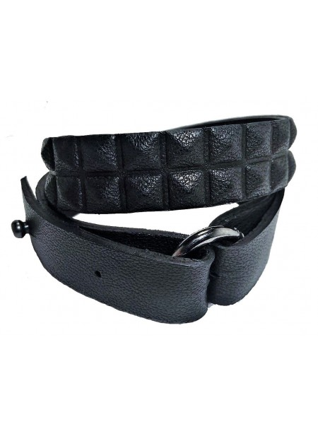 Bracelet cuir double tour - anneau metal - agneau noir embossée pyramide - 2 rangs
