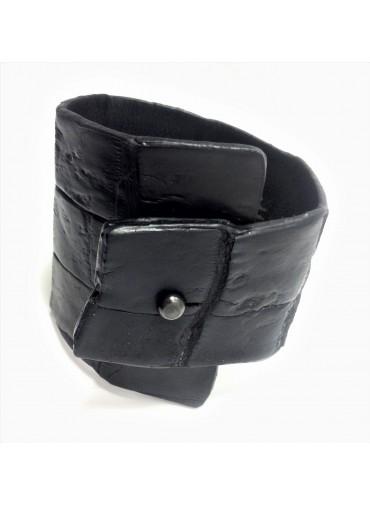 Crocodile leather bracelet in black 6.5-3cm - metal fastening