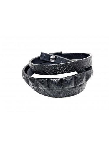 Leather bracelet triple tour - Black lambskin leather pyramide pattern - 1 row