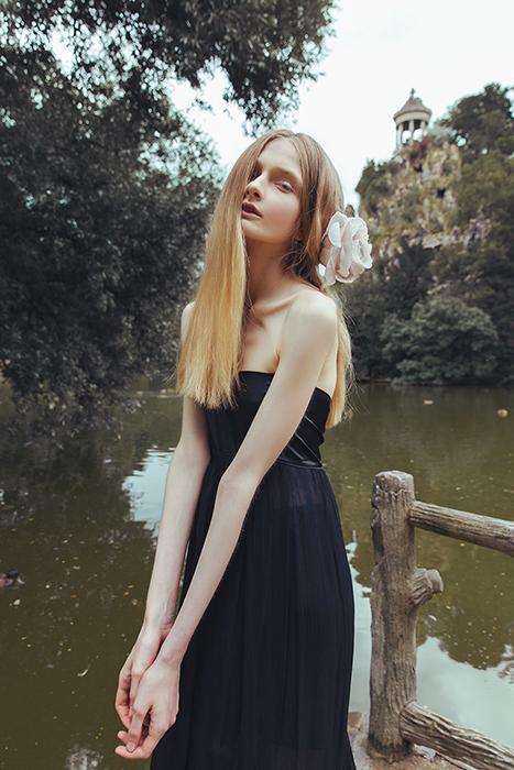 Robe longue vaporeuse ajustable